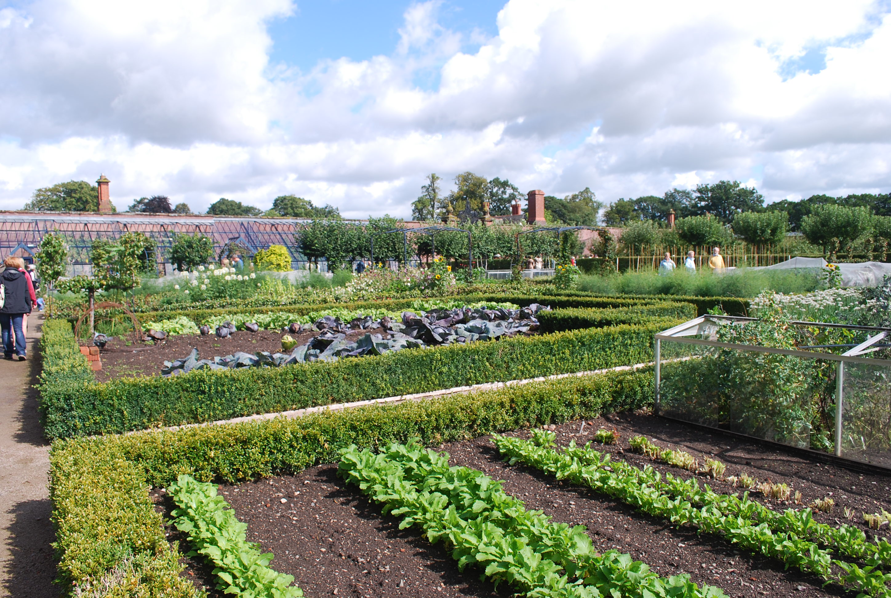 Walled Kitchen Gardens Eaton Hall Me And 2 Veg